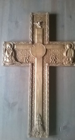 Крест резной ручной работы на заказ