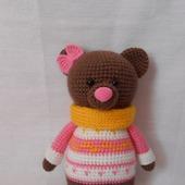 Мишка в розовом свитере