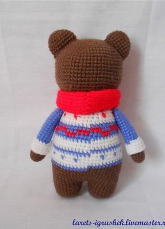 Мишка в синем свитере ручной работы на заказ