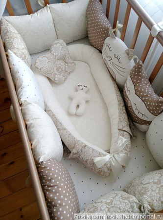 Бортики в кроватку коконы гнездышки для новорожденных в наличии и на заказ ручной работы на заказ
