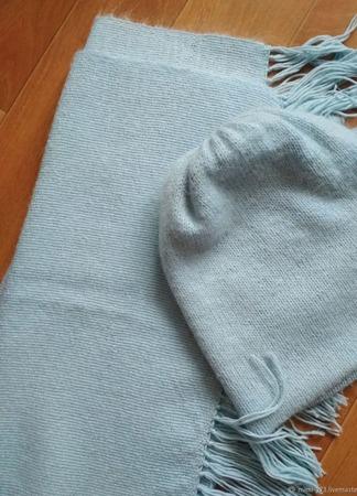 """Тканый палантин """"Голубой снег"""" с шапкой ручной работы на заказ"""