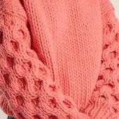 Вязаный свитер из толстой пряжи ручной работы купить
