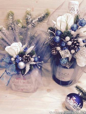 Новогоднее украшение на шампанское и конфеты ручной работы на заказ