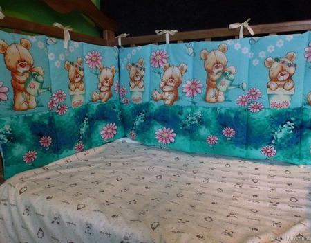 Бортики в кроватку с мишками ручной работы на заказ