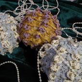 Новогодний текстильный шарик