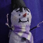 Снеговик в смешанной технике исполнения.