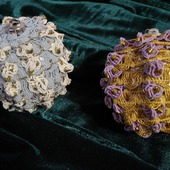 Мастер-класс по изготовлению текстильного новогоднего шарика.