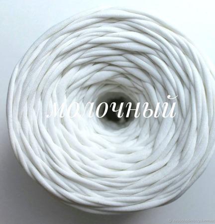 Трикотажная пряжа Виктория Цвет: Молочный ручной работы на заказ