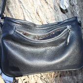 """""""Уголек"""" маленькая черная сумка на тонком ремешке кросс-боди"""