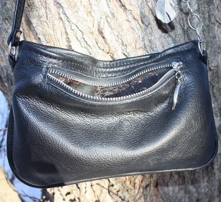 """""""Уголек"""" маленькая черная сумка на тонком ремешке кросс-боди ручной работы на заказ"""