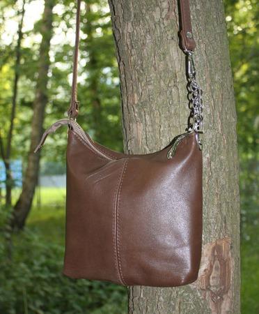 """""""Шоколадка"""" Маленькая сумочка кросс-боди на длинном ремешке ручной работы на заказ"""