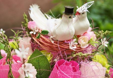 """Свадебная корзина из конфет  """"Желаю счастья"""" ручной работы на заказ"""