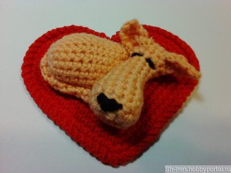 Щенок на сердечном коврике. ручной работы на заказ