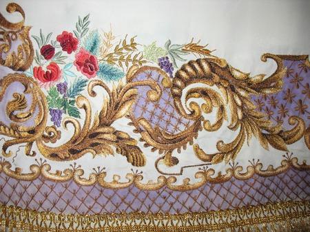 Барокко. Вышивка для скатерти, декоративных интерьерных салфеток, портьер. ручной работы на заказ