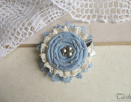 """Брошь """"Голубой цветок"""" бохо украшение ручной работы на заказ"""