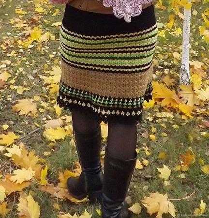 Вязаная шерстяная юбка. Юбка вязаная в полоску. Юбка зелено-черная.Юбка крючок ручной работы на заказ