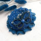 """Брошь цветок """"Синий мотылек"""" бохо украшение из ткани"""