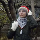 Вязаная теплая шапка, митенки, бактус. Козий пух, альпака, меринос