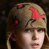 Вязаная шапка из верблюжьей шерсти Мезень