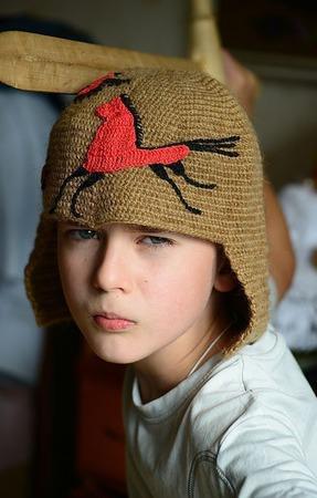 Вязаная шапка из верблюжьей шерсти Мезень ручной работы на заказ