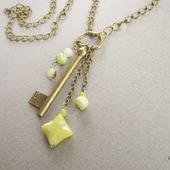 """Кулон подвеска бохо стиль """"Винтажный ключик"""" на цепочке желтый зеленый"""