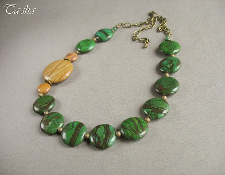 """Колье из натуральных камней """"Дубрава"""" зеленое из  яшмы бусы ручной работы на заказ"""