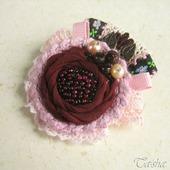 фото: брошь бордовый цветок