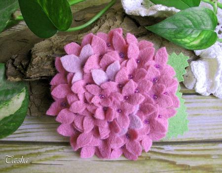 """Брошь цветок """"Гортензия розовая"""" ручной работы на заказ"""