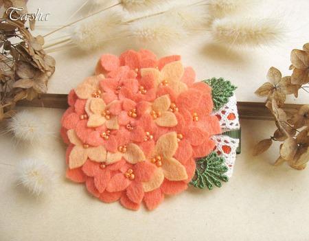 """Брошь цветок """"Гортензия абрикосовая"""" оранжевое украшение ручной работы на заказ"""