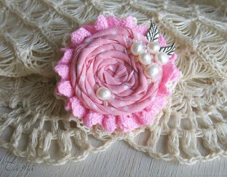 """Брошь цветок """"Клубничный зефир"""" бохо розовый ручной работы на заказ"""