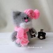 Кошечка с белочкой  - интерьерная игрушка