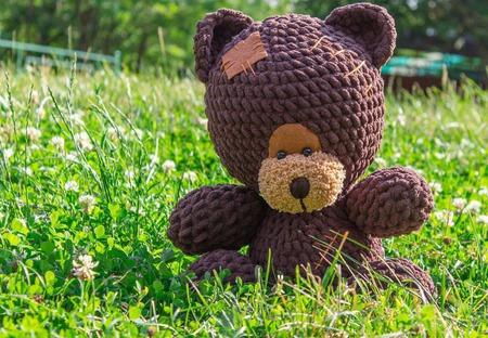 Медведь вязаный Гидеон ручной работы на заказ