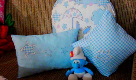 Набор детских подушек  голубой ручной работы на заказ