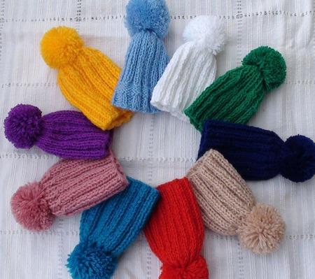 Шапочки вязаные для кукол ручной работы на заказ