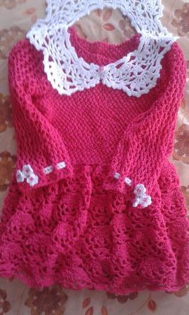 Ажурное платье для девочки малиновое ручной работы на заказ