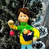 """Ватная игрушка """"Мальчик с елочными шарами"""""""