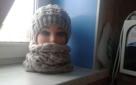 Комплект шапочка и снуд женский ручной работы на заказ