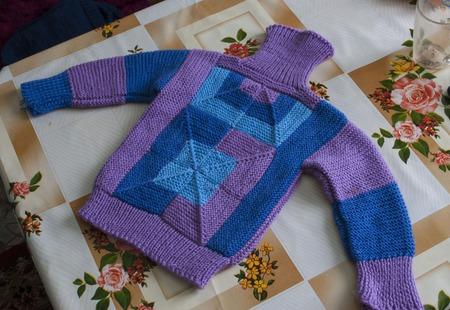 """Детский свитер """"Калейдоскоп"""" детская полушерсть, стиль энтерлак ручной работы на заказ"""