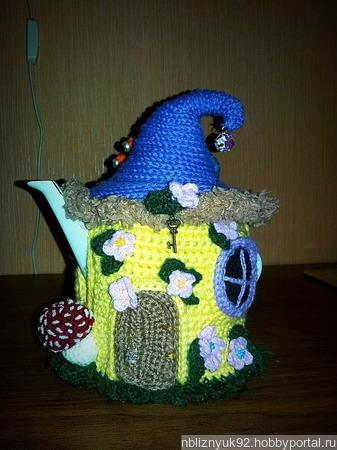 """Грелка на чайник """"Волшебный домик"""" ручной работы на заказ"""