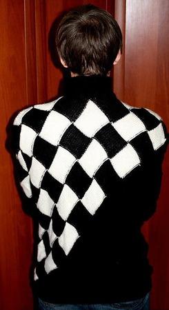 Черно-белый  свитер ручной работы на заказ