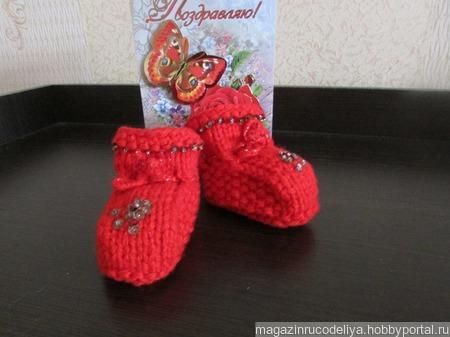 """Комплект пинетки+носочки """"Красный коралл"""" ручной работы на заказ"""
