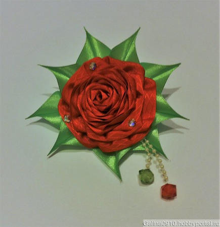 Роза из лент ручной работы на заказ