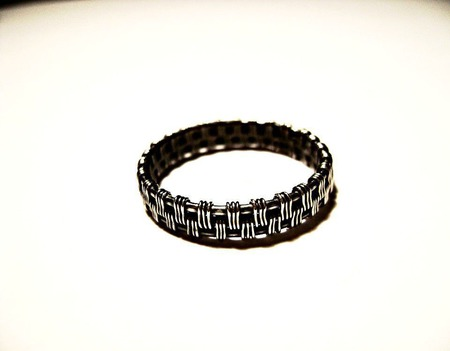 Кольцо из серебра 925 пробы ручной работы на заказ