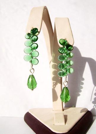 Серьги из серебра и чешского стекла-зелёные ручной работы на заказ