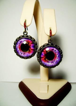 """Серьги с изображением """"Глаз""""- фиолетовые ручной работы на заказ"""