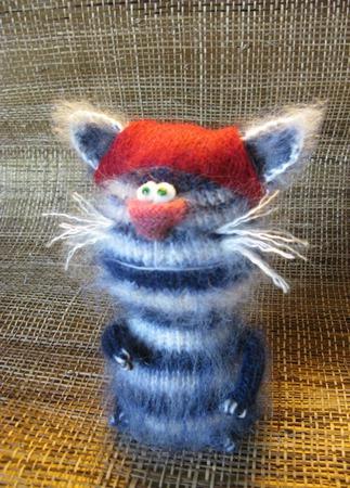 Вязаная игрушка Кот Пират ручной работы на заказ