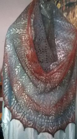 Ажурная Шаль из пряжи Кауни Крылья чайки ручной работы на заказ