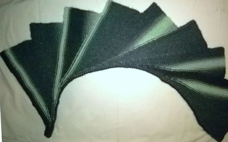 Комплект: мини-шаль и шапочка бини ручной работы на заказ