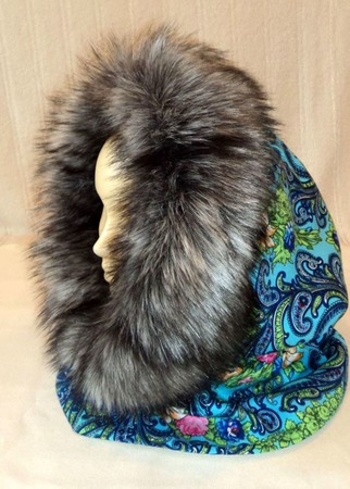 Капор из русского платка (зимний) ручной работы на заказ
