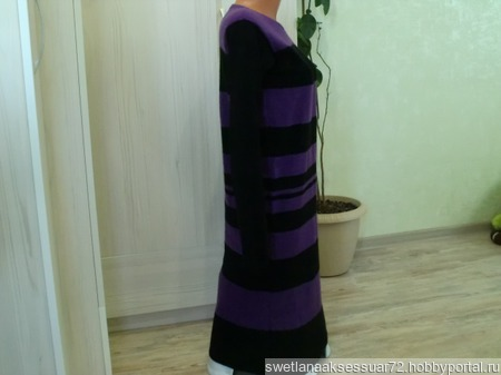 Платье вязаное черно-фиолетовое ручной работы на заказ